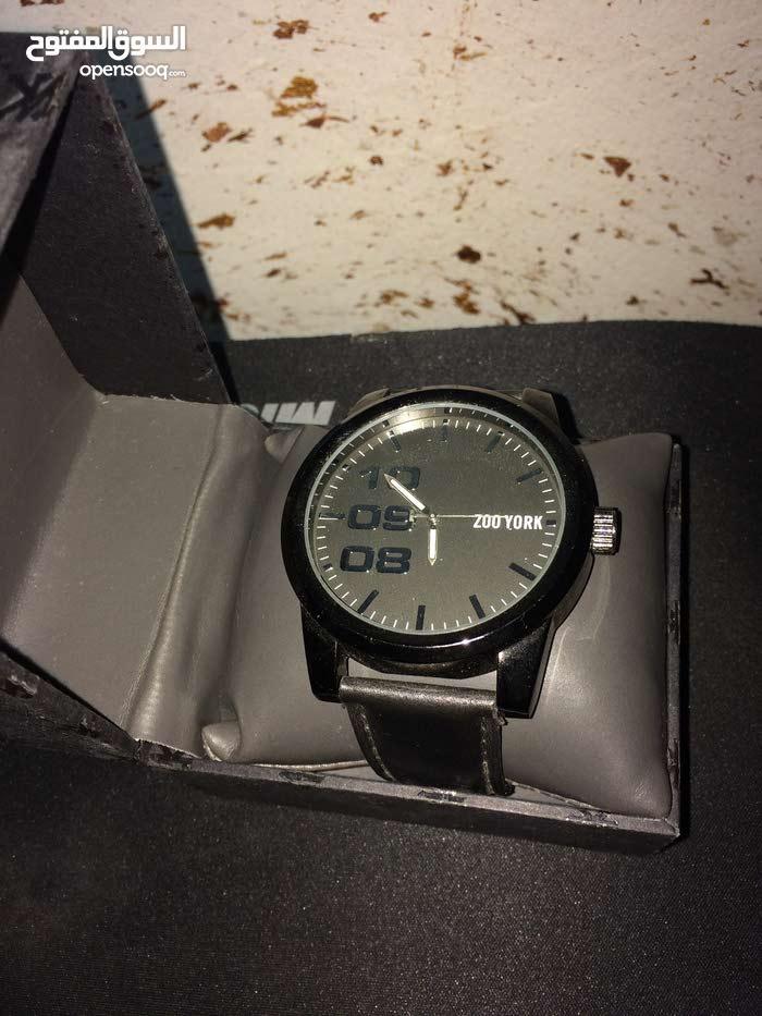 ساعة رجالية ماركة زو يورك أمريكية سودة نظيفة