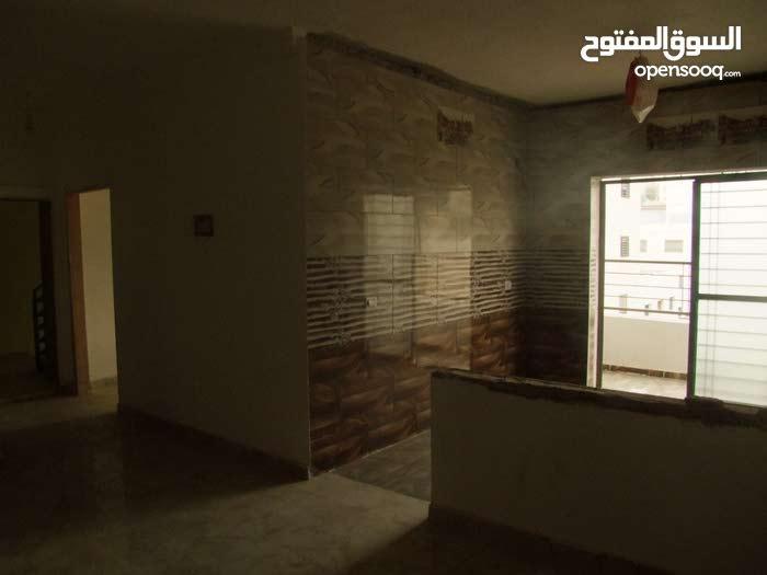 شقة مميزه للبيع بسعر خاص مساحة 125م