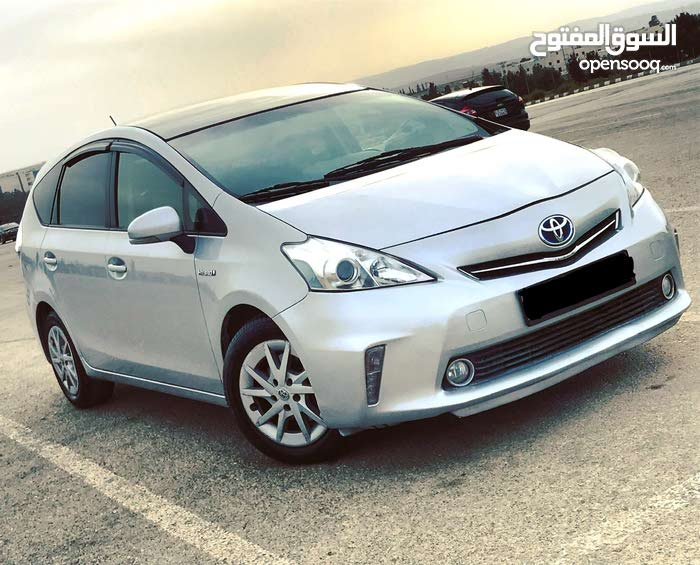 Toyota Prius 2013 for sale in Amman