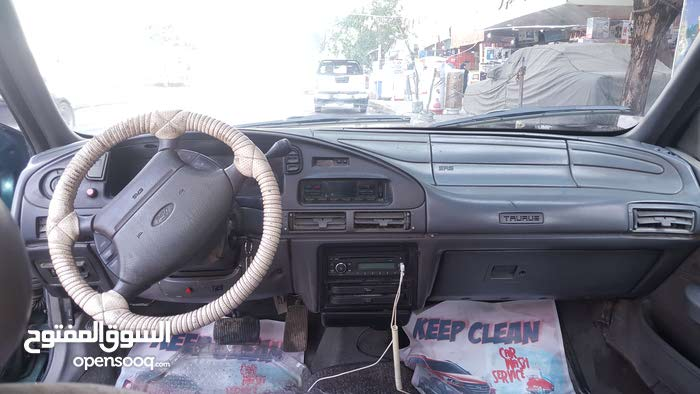 Used condition Ford Taurus 1994 with 0 km mileage
