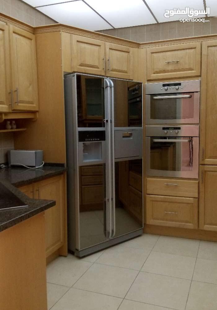 Deir Ghbar neighborhood Amman city - 150 sqm apartment for rent