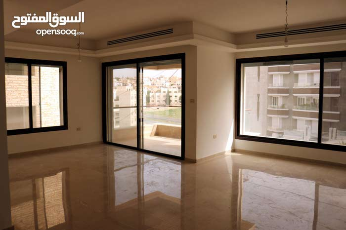 Deir Ghbar apartment for sale with 4 rooms