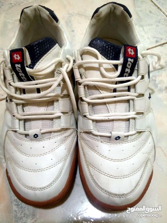 ترانشوز لوتو وحذاء سيفتي للبيع