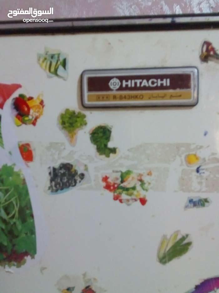 ثلاجه هيتاشي كبيرة بحاله جيدة تبريد ممتاز