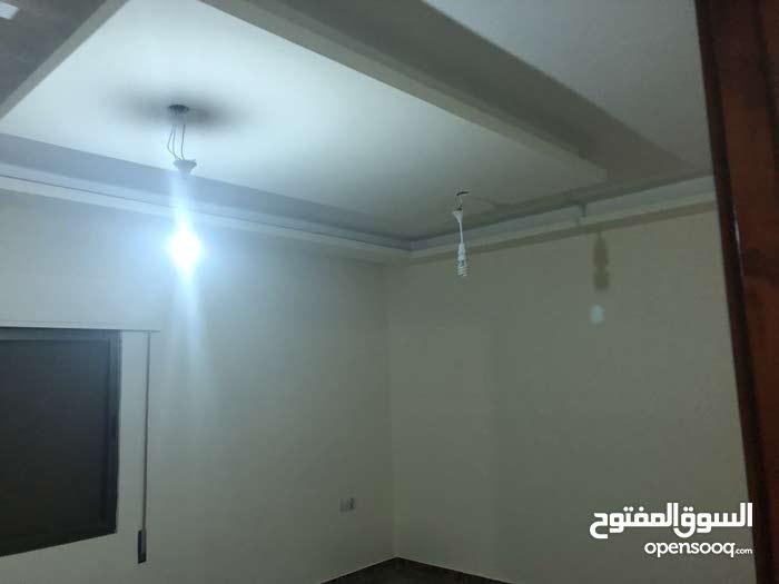 apartment is available for sale - Al Qwaismeh