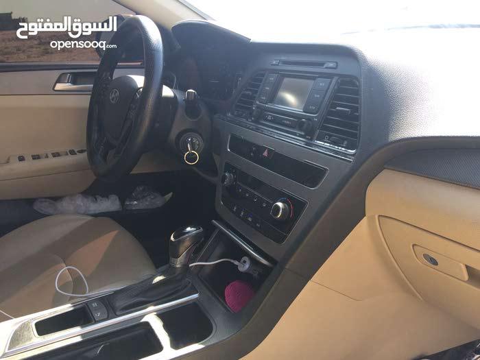 سيارة هيونداي الفئة سوناتا موديل 2015