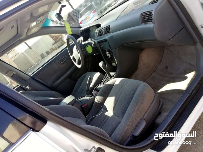 Used condition Toyota Camry 2000 with 0 km mileage