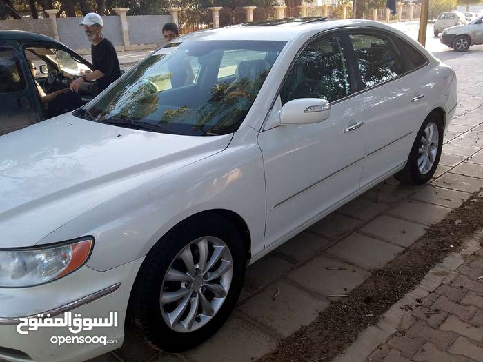 Hyundai Azera made in 2008 for sale