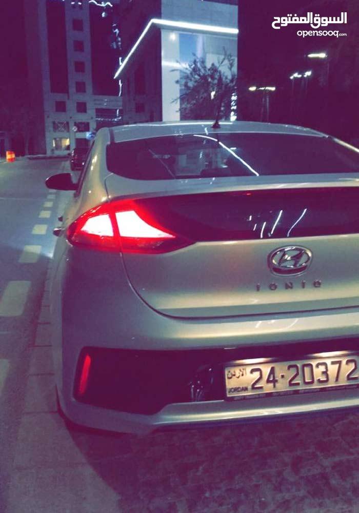 Hyundai Ioniq 2018 For sale - Silver color