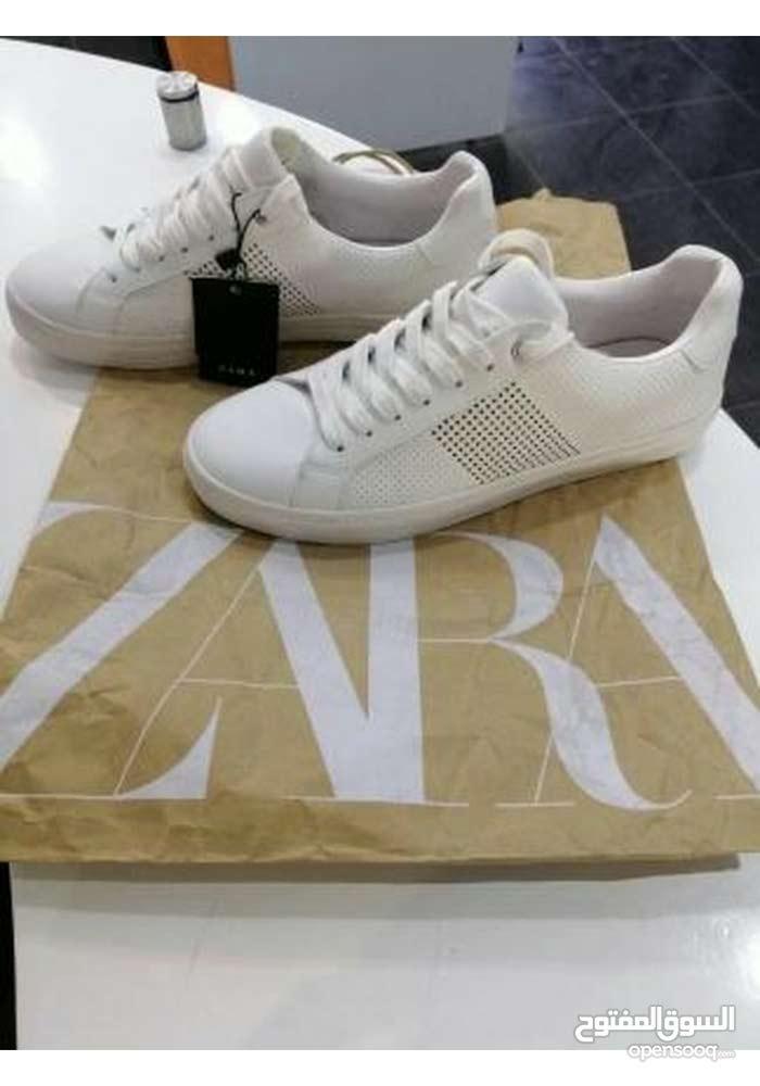 حذاء زارا جديد