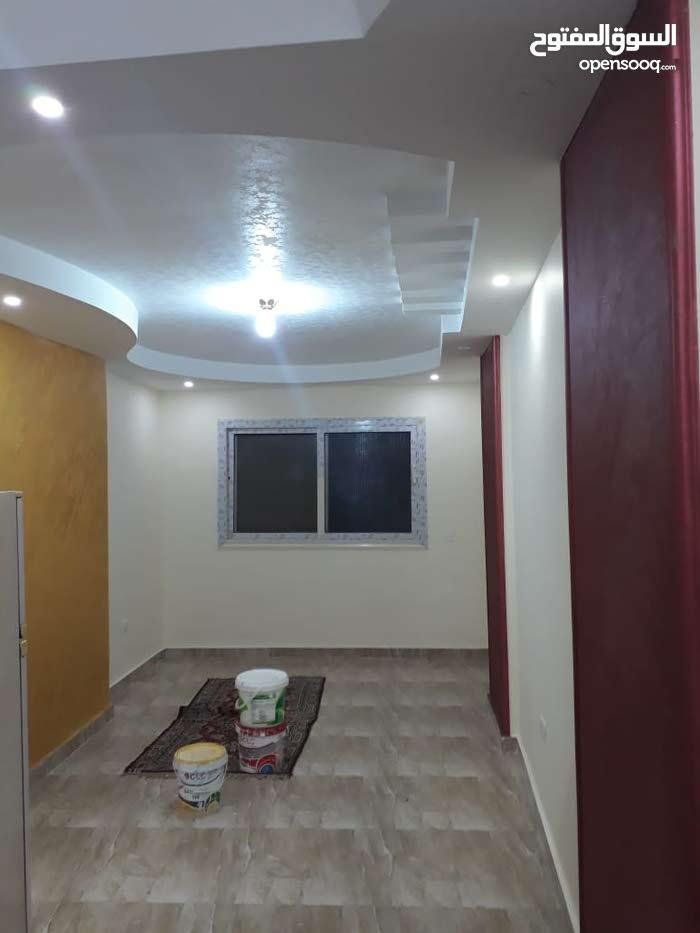 شقة تمليك 70 م سوبر لوكس بالقرب من نزلة الدائري الطوابق فيصل