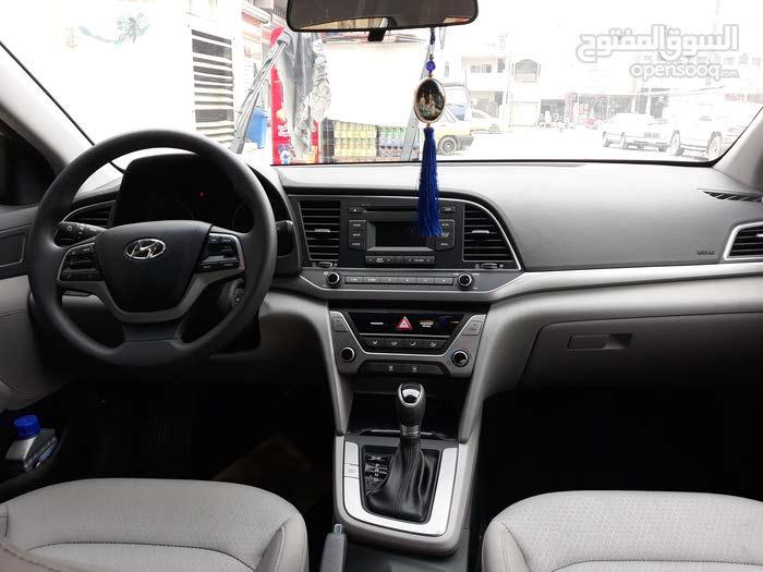 Silver Hyundai Elantra 2018 for sale