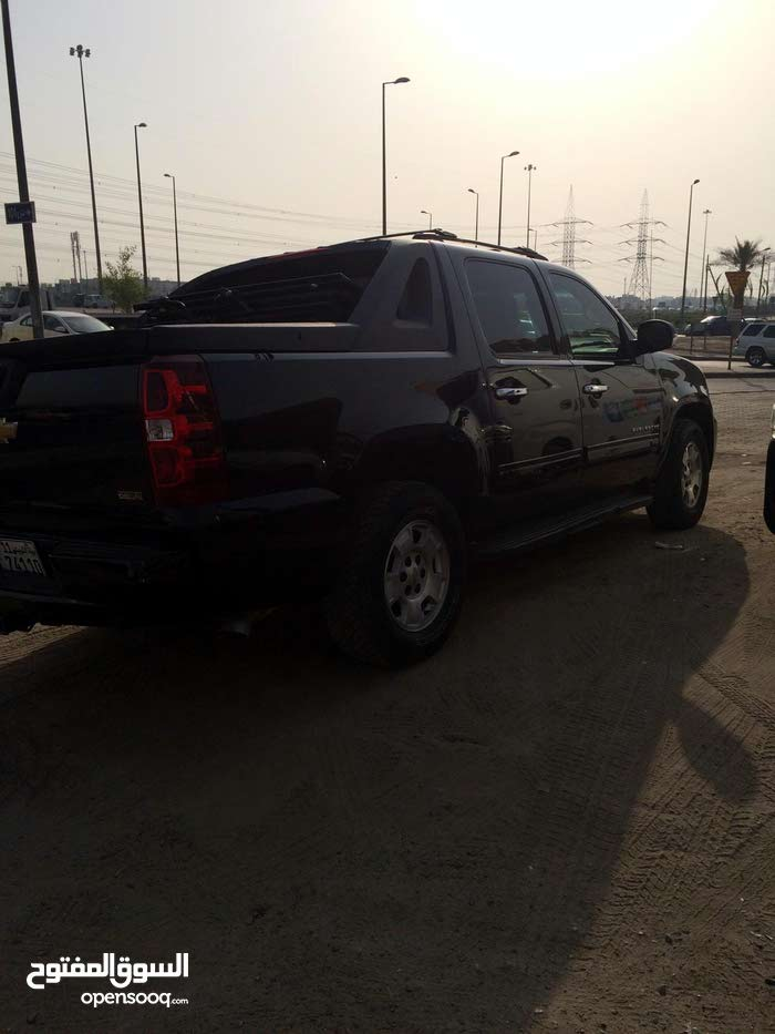 Used 2011 Chevrolet Avalanche for sale at best price