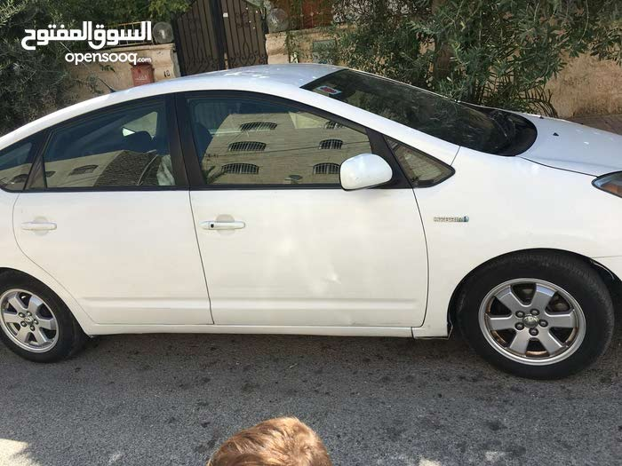 For sale Toyota Prius car in Amman