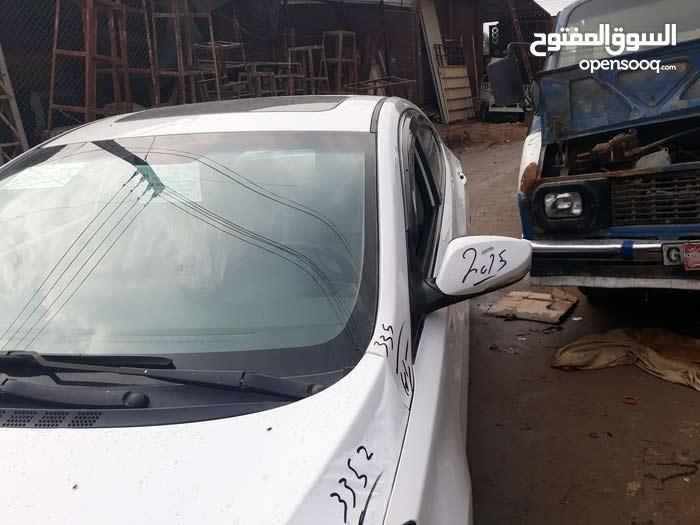 Available for sale! 160,000 - 169,999 km mileage Hyundai Elantra 2015
