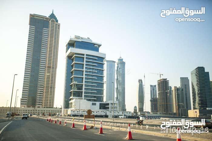 شقه للبيع على قناة دبى المائيه بالقرب من برج خليفه