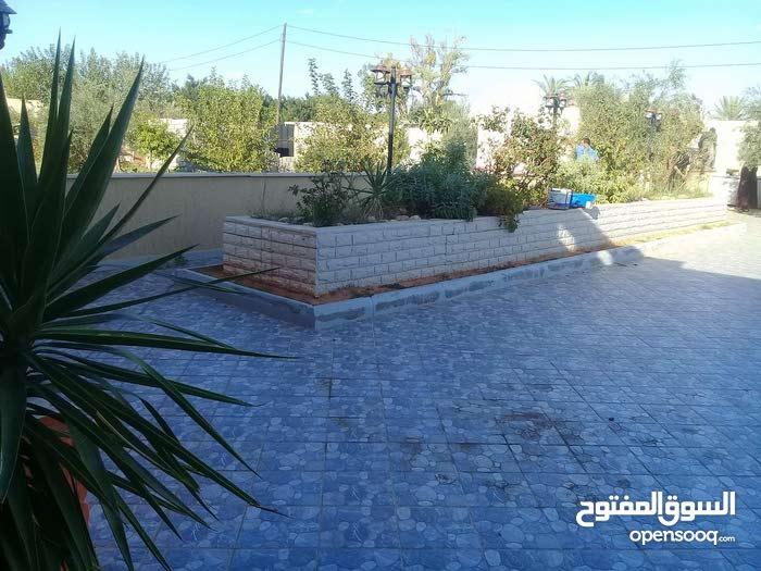 neighborhood Tripoli city - 350 sqm house for sale