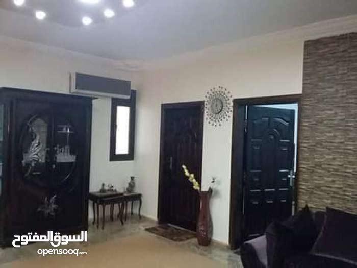 منزل شقتين جديد بيع شارع الفاتح ب290الف علي شارعين