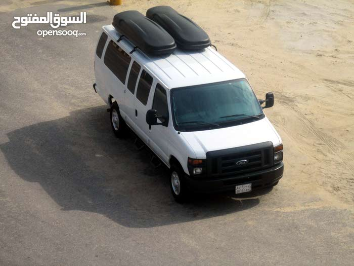 Automatic Ford 2013 for sale - Used - Dammam city
