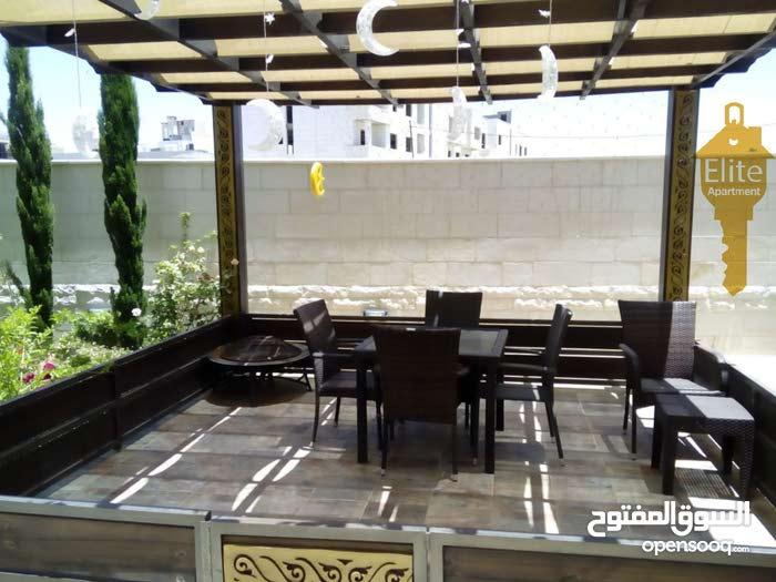 شقه شبه ارضي للبيع في الاردن - عمان - الرابيه