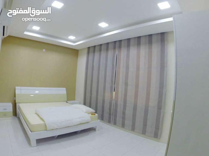شقة جديدة وراقية في سار