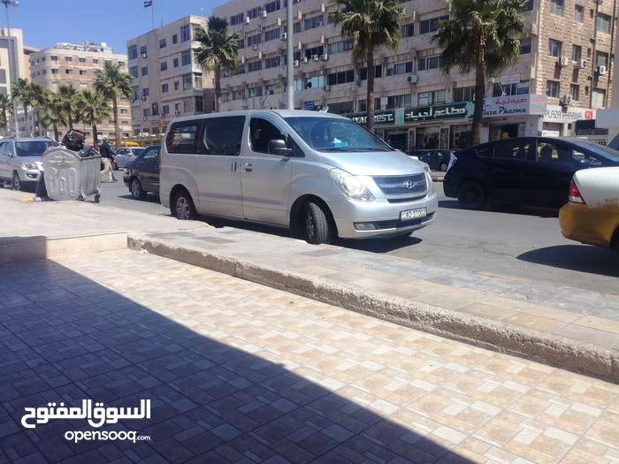 Manual Hyundai 2010 for sale - Used - Amman city
