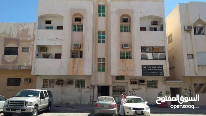 شقة عزاب للايجار - الخليج
