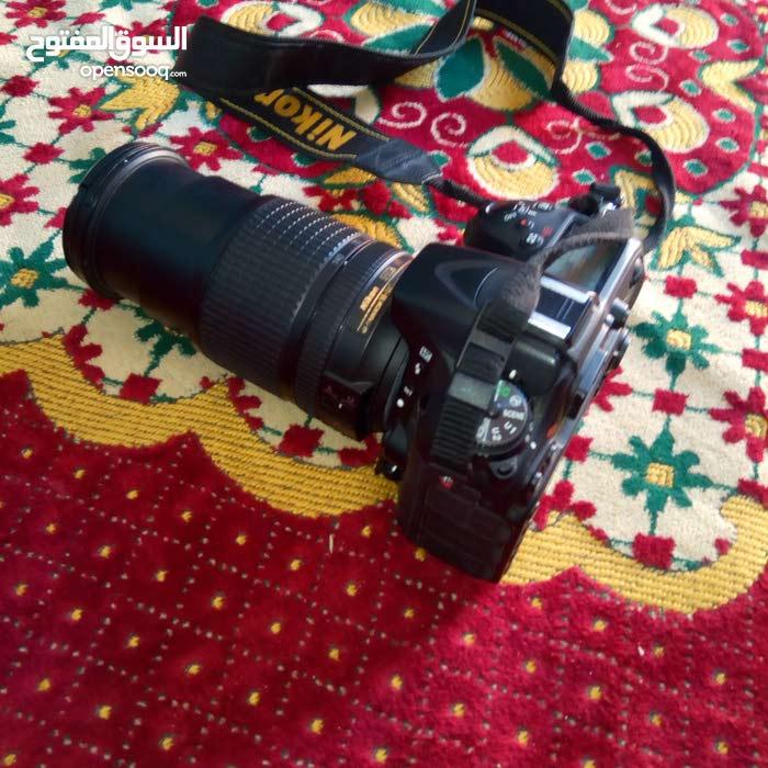 كاميرا نيكون 7100 استعمال خفيف جدا معاها عدسه 18/140
