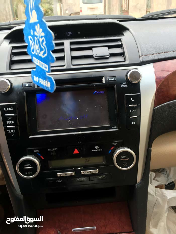Automatic White Toyota 2013 for sale