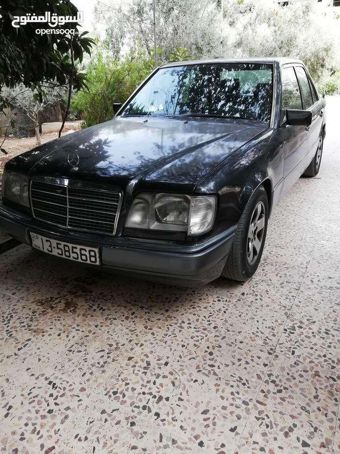 مرسيدس E200(بطة)