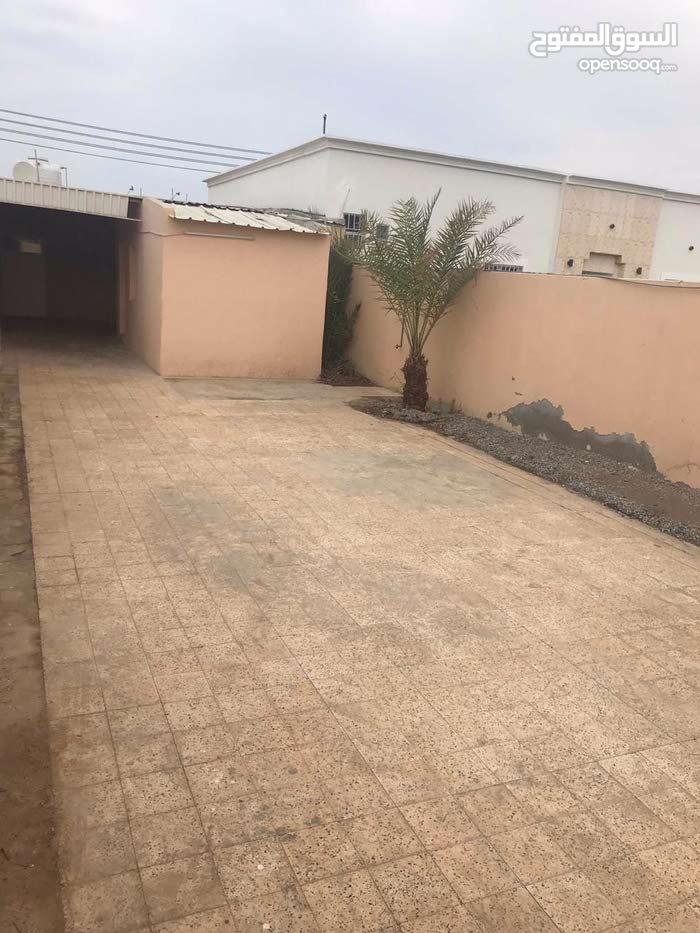 Luxury  sqm Villa for rent in Seeb Seeb