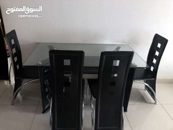 sofa set and dining table for sell