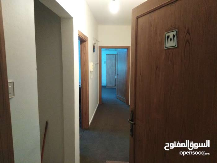 apartment for rent in Irbid city University Street