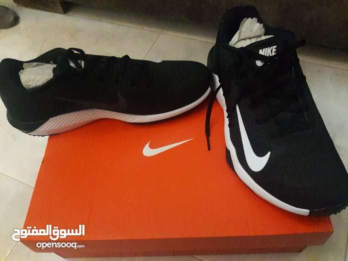0e989d684 حذاء نايك اصلي جديد بالكرتونة - (107338178) | السوق المفتوح