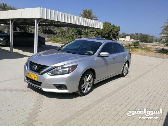 10,000 - 19,999 km mileage Nissan Altima for sale