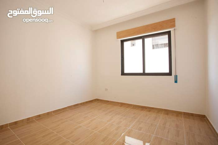 apartment for sale Third Floor directly in Abu Alanda