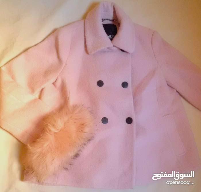 كوت لونه baby pink ماركة only