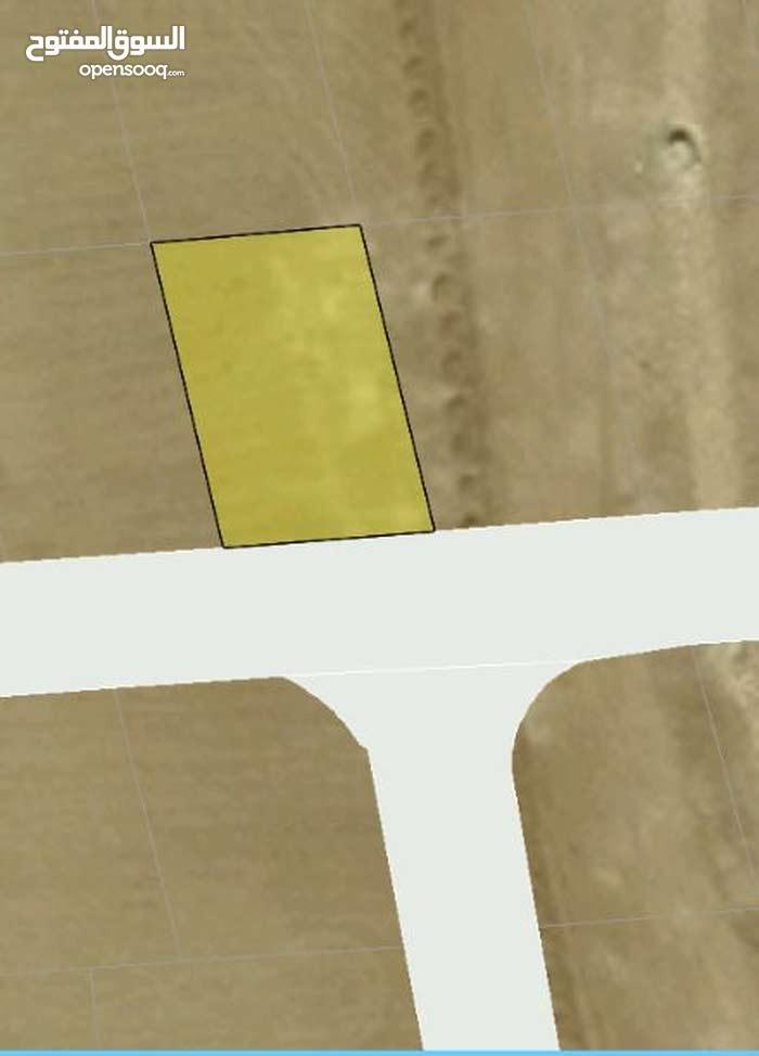 للبيع ارض 561 م في الجيزة الحجرة لوحه 22
