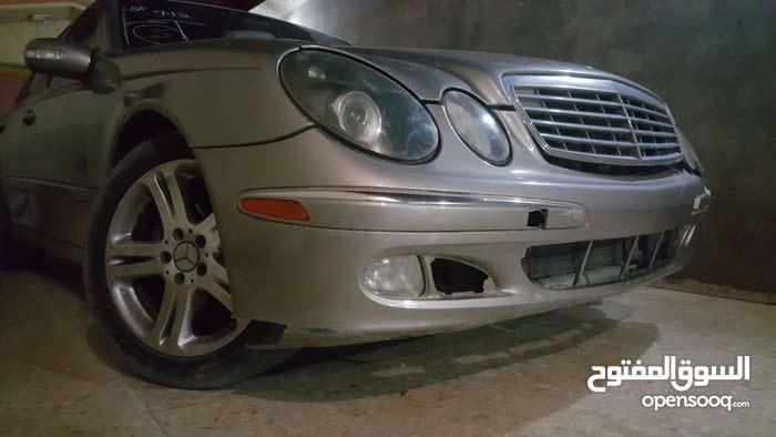 Used condition Mercedes Benz E500 2004 with 170,000 - 179,999 km mileage