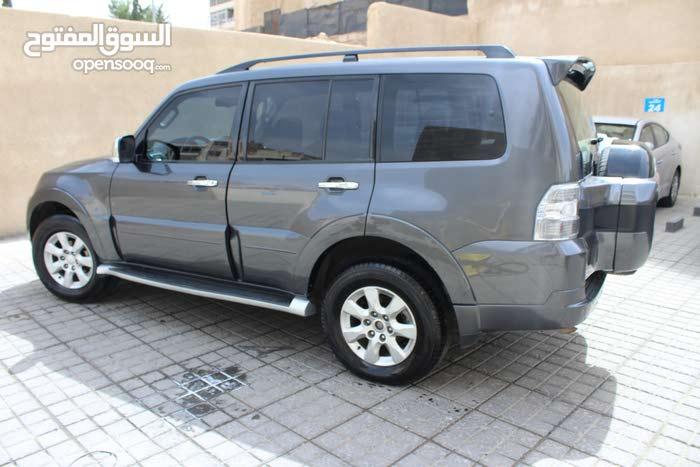 Best rental price for Mitsubishi Pajero 2016
