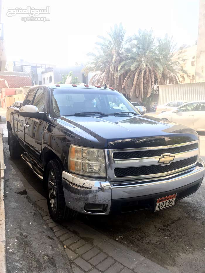 Chevrolet Silverado Used in Northern Governorate