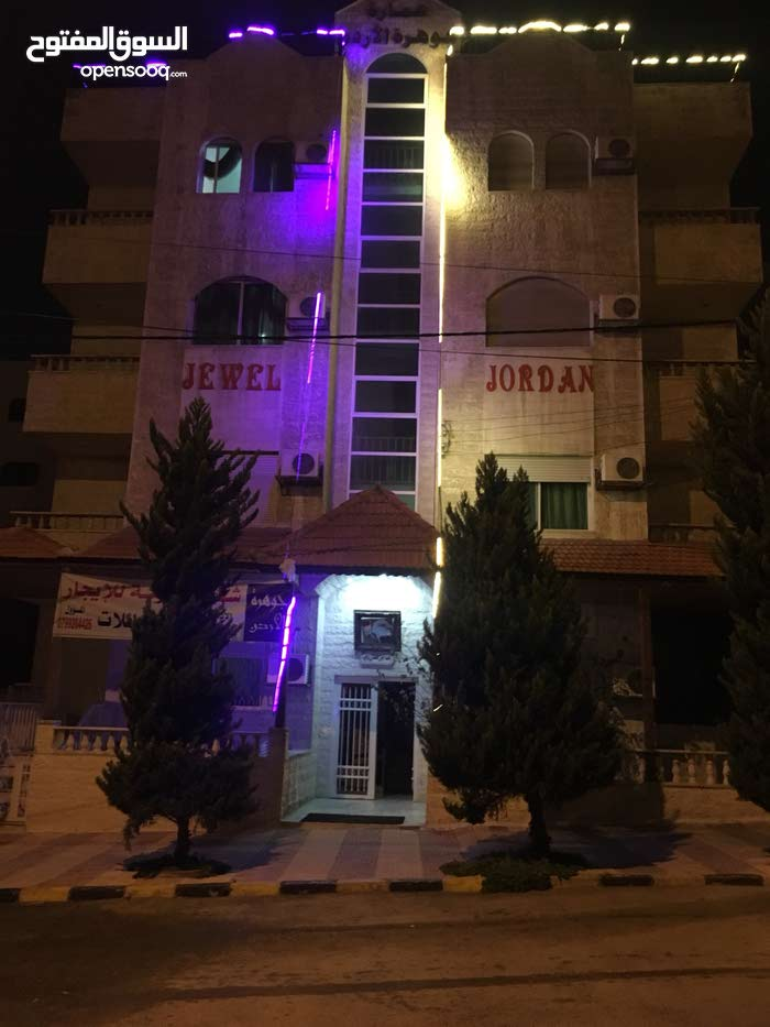 More than 5  apartment for rent with 3 rooms - Amman city Jabal Al Hussain