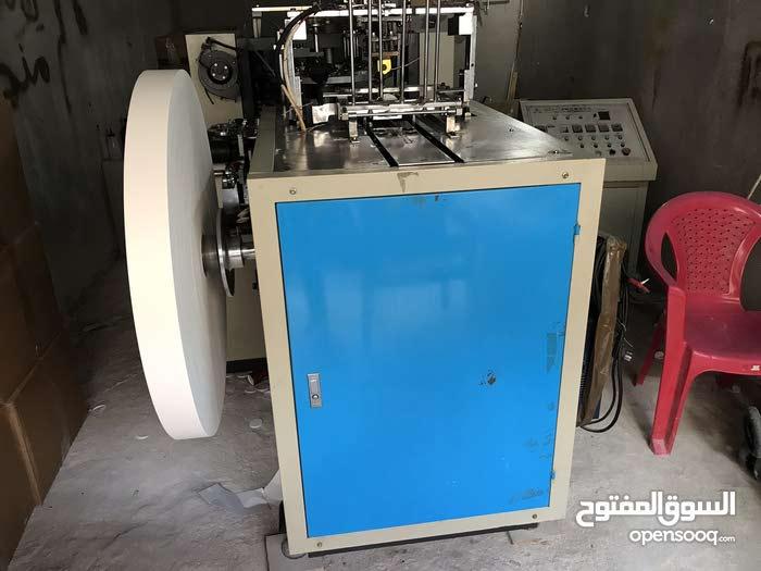 ماكينة كاسات كارتون مقاس 12 اونص للبيع