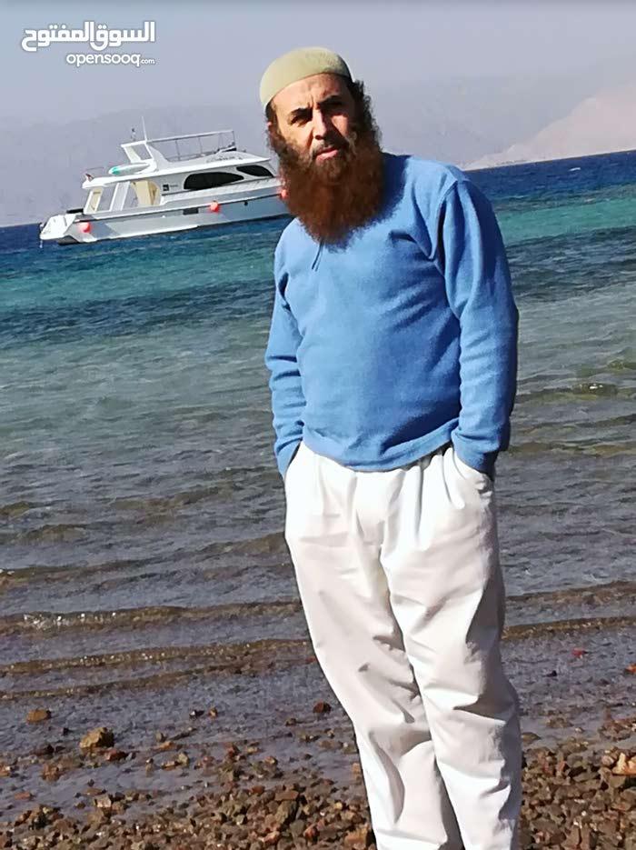 مهندس بحري محترف قوارب وزوارق ويخوت صيانة وقيادة وسواقة