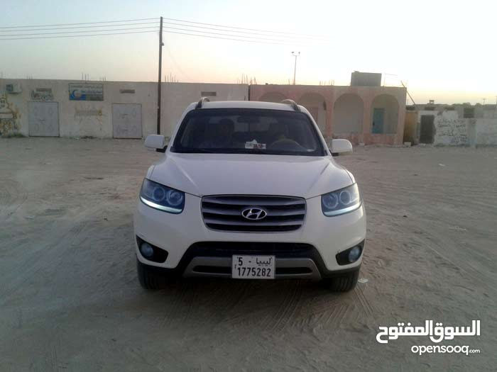 Available for sale! 100,000 - 109,999 km mileage Hyundai Santa Fe 2012