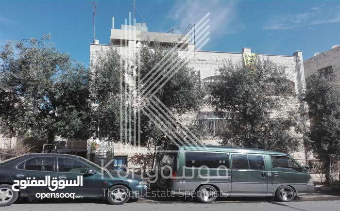 عمارة سكنية للبيع في جبل الحسين
