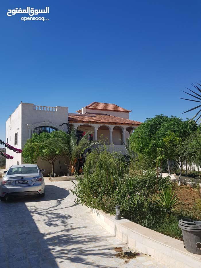 Villa property for sale Zarqa - Al mantika Al Hurra directly from the owner