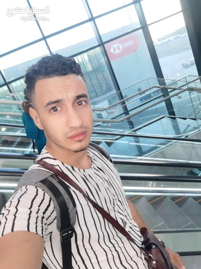 جزائري في متواجد في عمان