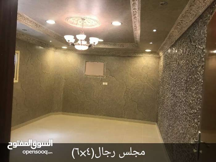 Al Zaheer Dist. apartment for rent with 5 rooms