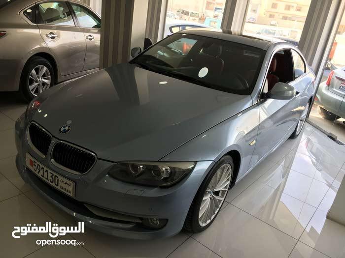 BMW 325i 2011 (Blue)